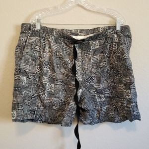 Columbia Patterned Hiking Outdoor Athletic Shorts